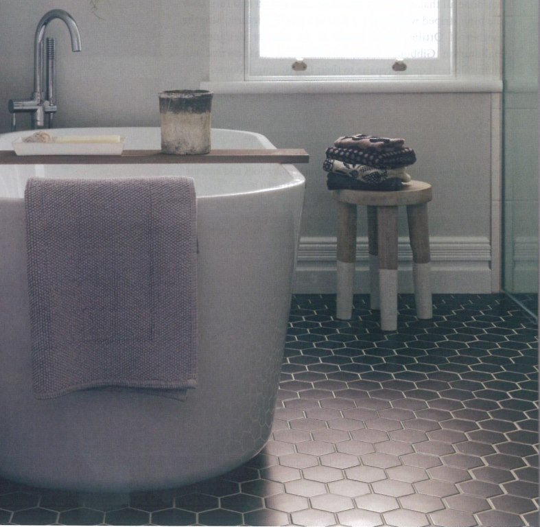 WINC HEXAGON BLACK 10X10 - SQM