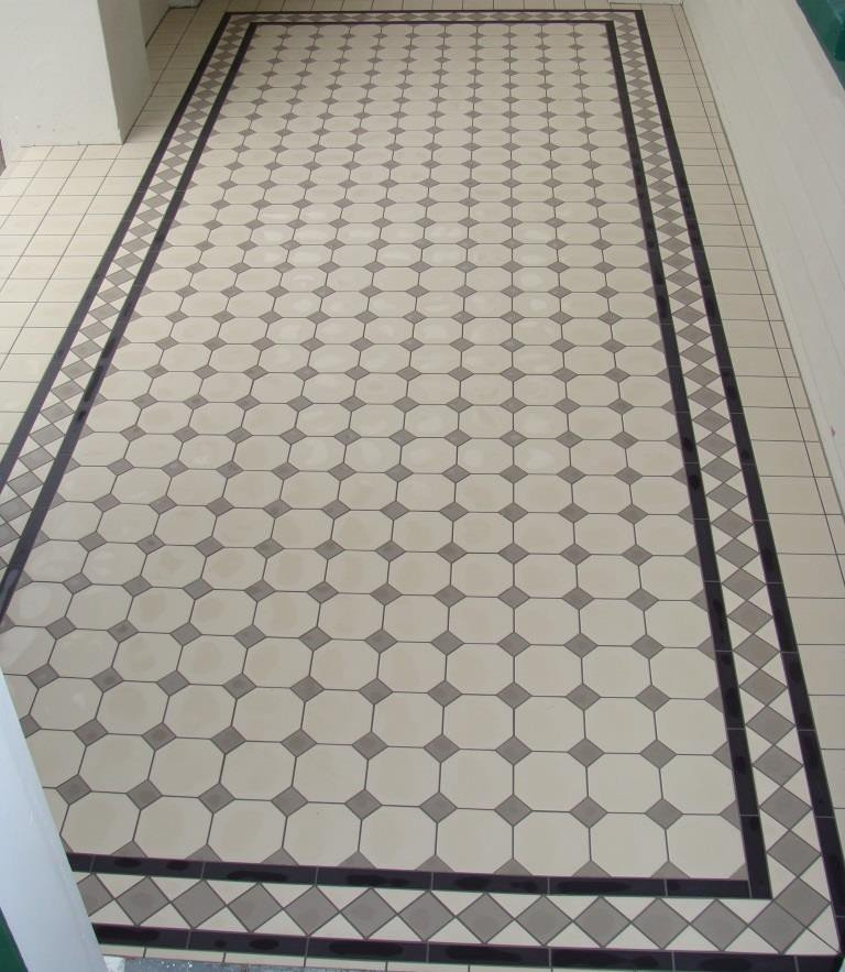 WINC OCTAGON & DOT PATTERN 100MM - SQM