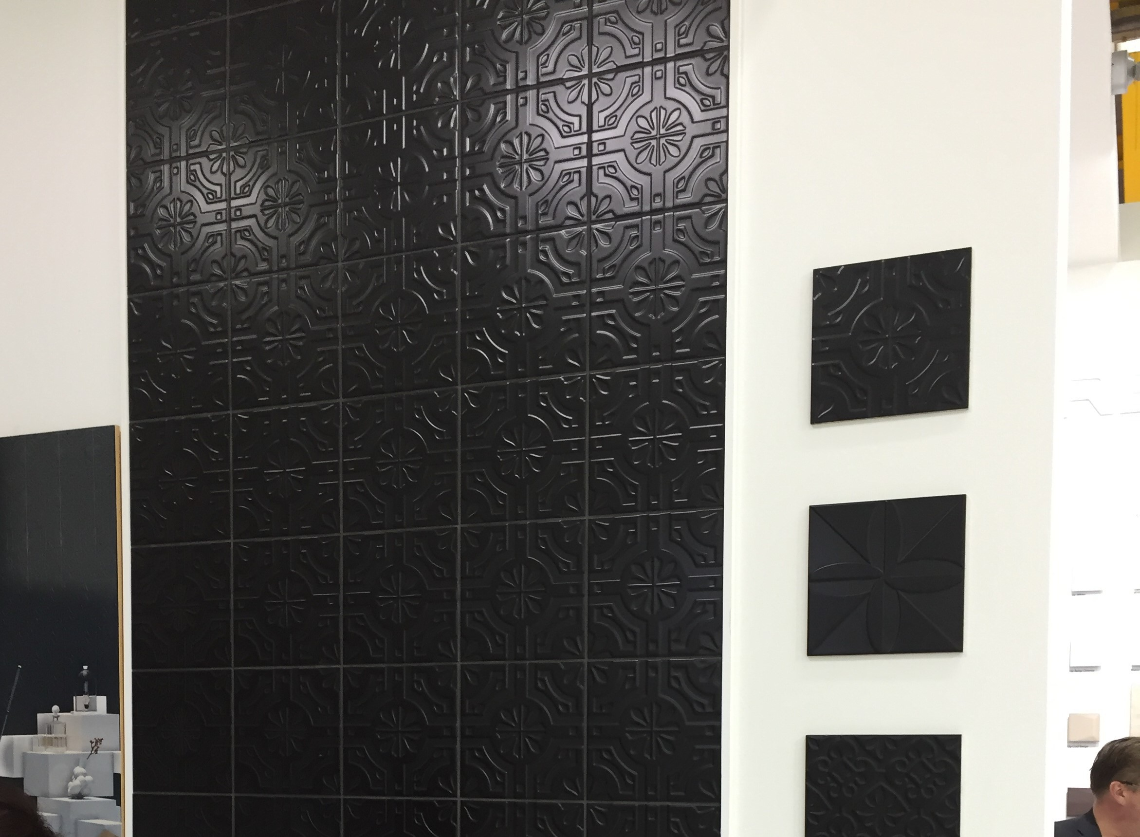 TRIPLEX REAL BLACK 20X20 - SQM - Wall Tiles - Tiles - Our Products