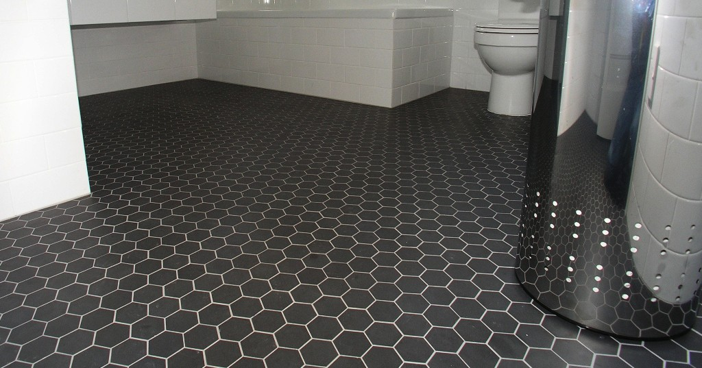 Winc mosaic hexagon black 5x5 sqm floor tiles tiles for Bathroom 5x5